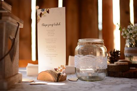 Březové  dřevěné stojánky na jmenovky, menu ap.,