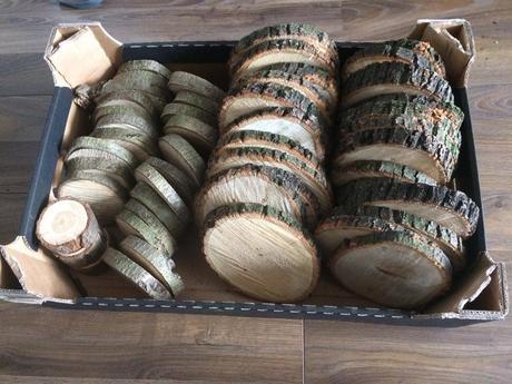 Dřevěné kulatiny,