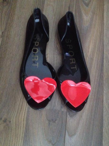 Nepoužité balerínky střevíčky srdce retro, 38
