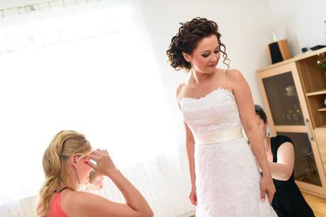 Romantické svatební šaty - benátská krajka, 36