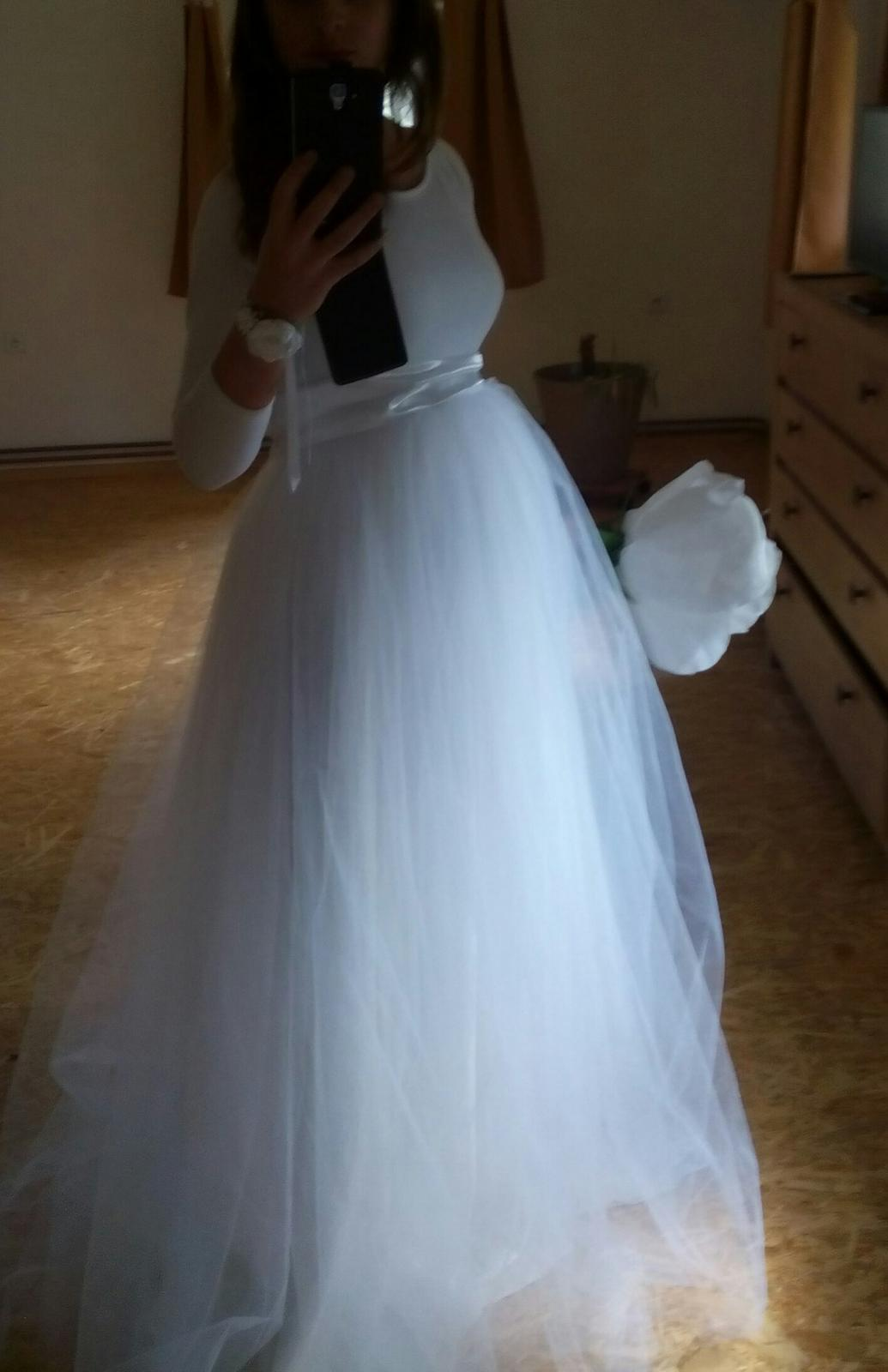 Dlouhá bílá tylová sukně c4ad95ec08