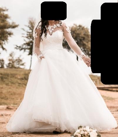 78cc1716f21c Čipkované svadobné šaty s dlhým rukávom