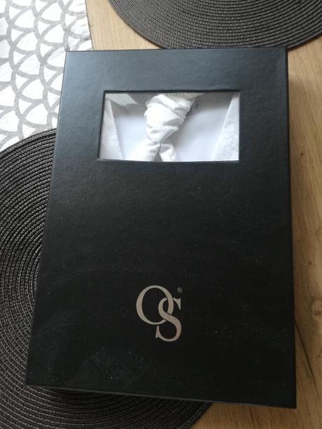 Vesta s kravatou pre zenicha, 42