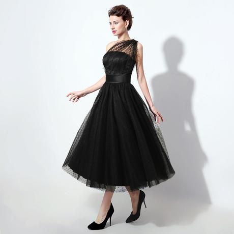 Dlhé spoločenské šaty , 36