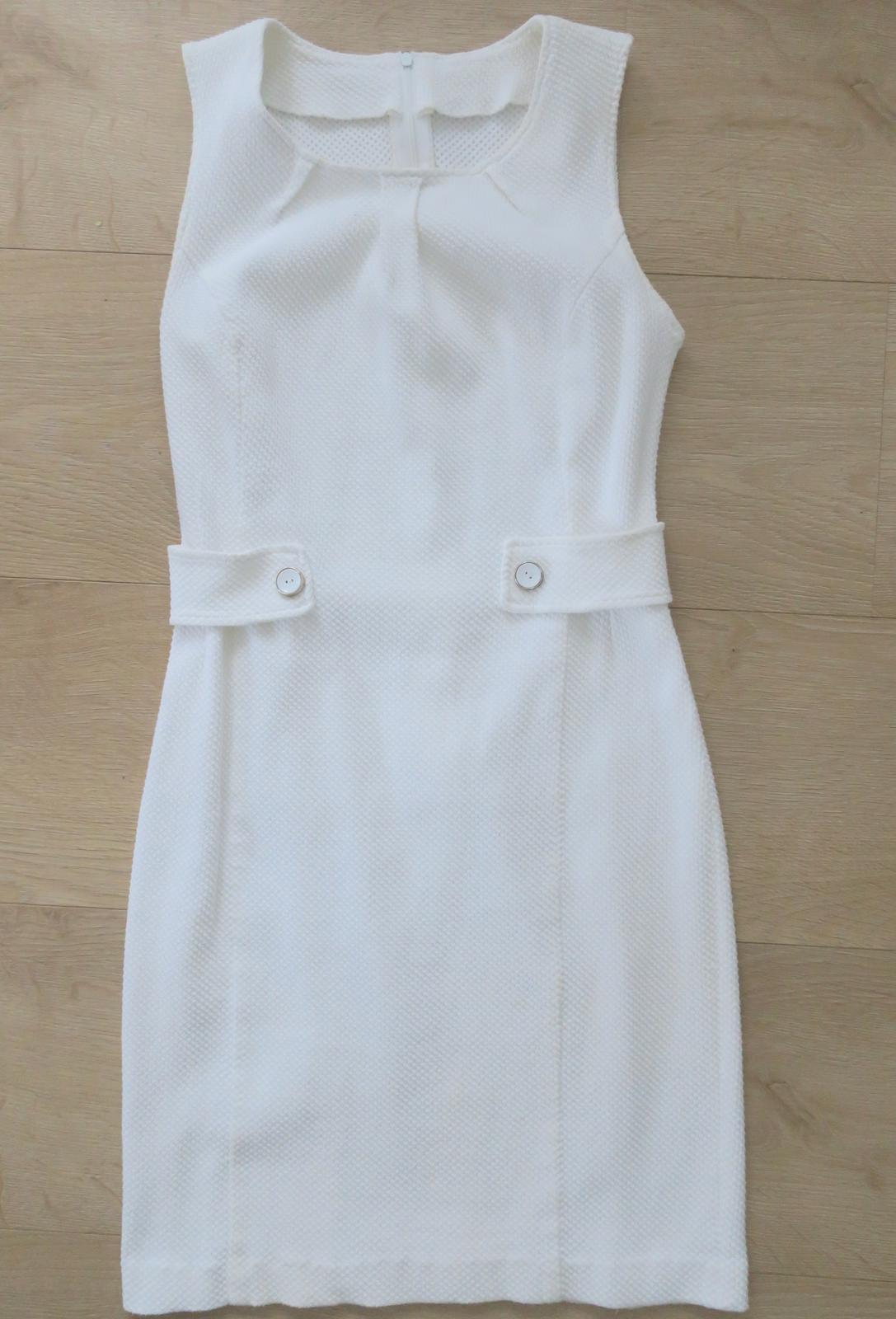 d4adc2e1fc8a Biele púzdrové šaty errore