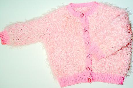 Chlpátkový pletený svetrík, 92