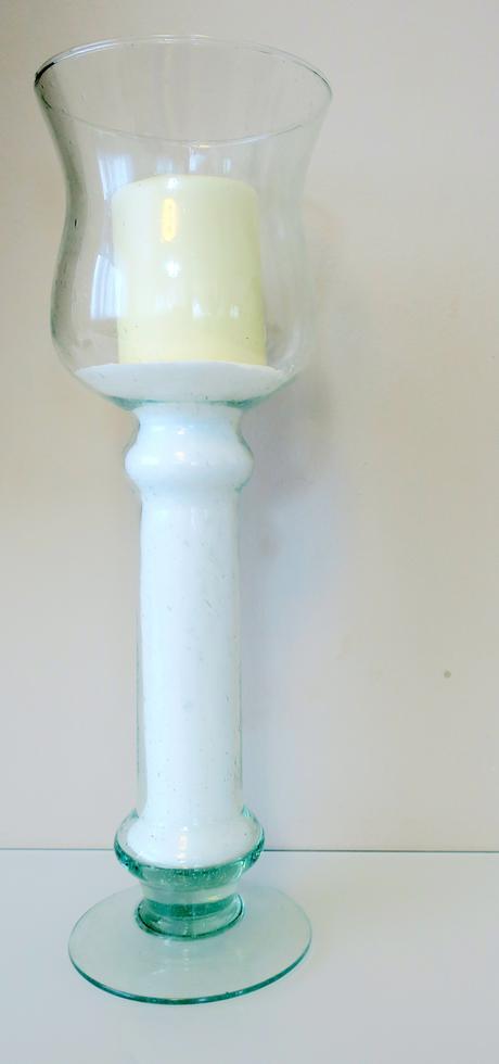 Veľý svietnik alebo váza,
