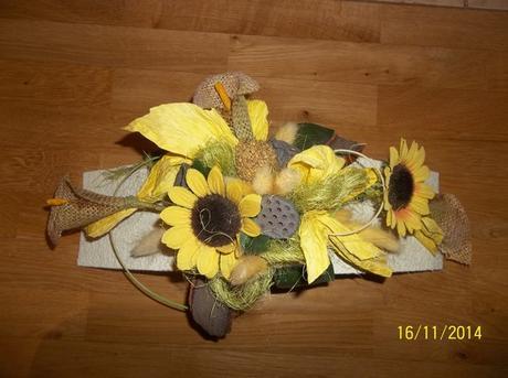 slnečnicová dekorácia na stôl,
