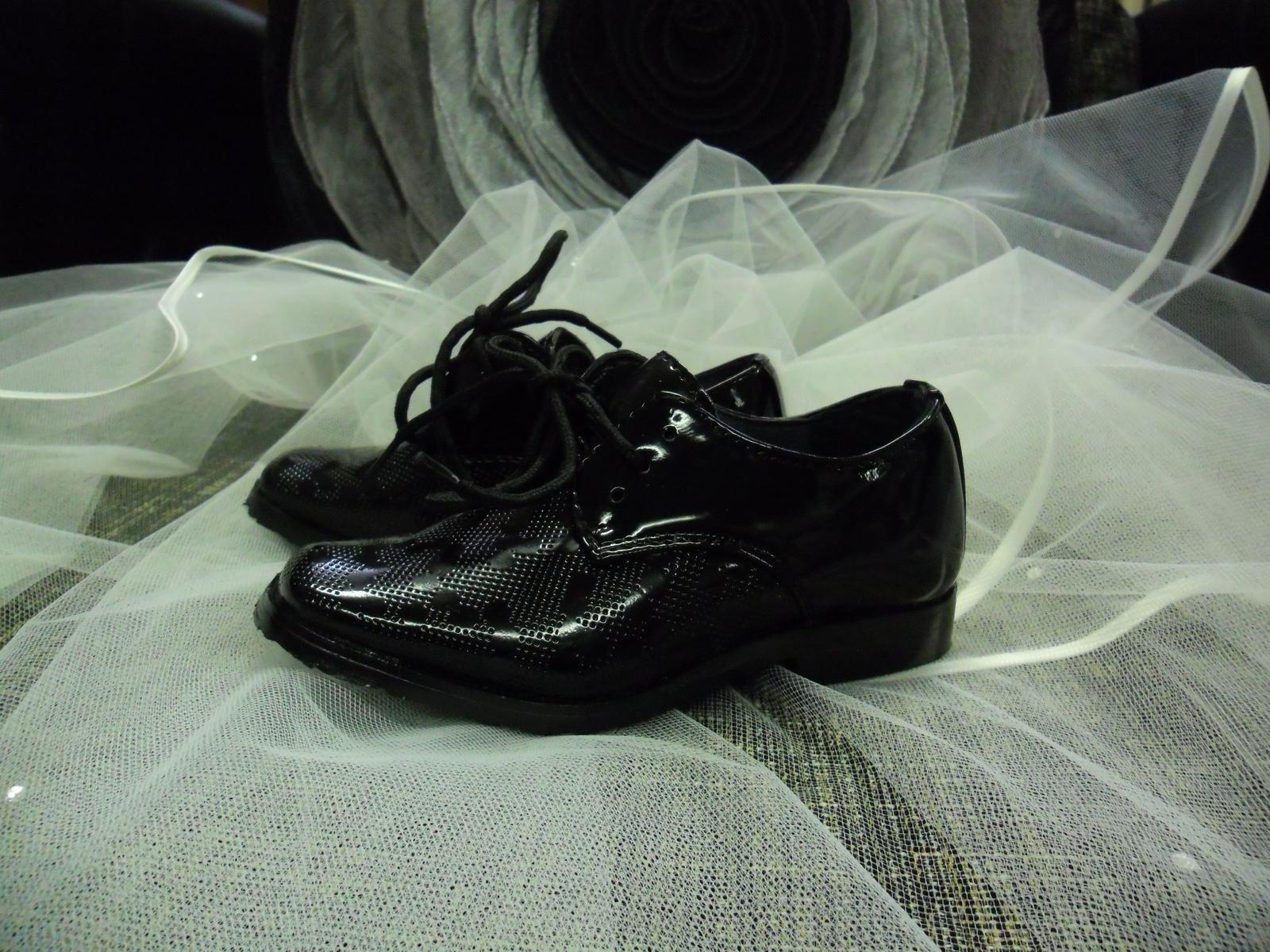 Chlapecké společenské boty vel. 20 245ffa2adc