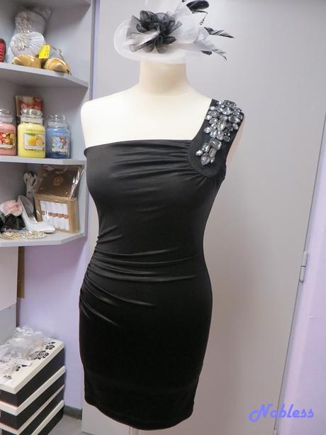 Pouzdrové šaty č. 105, 38