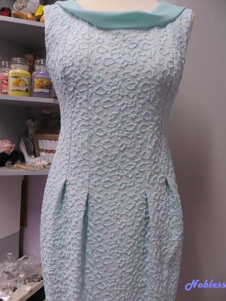 Společenské šaty Sonian č. 17, 40