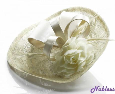 Svatební klobouček,