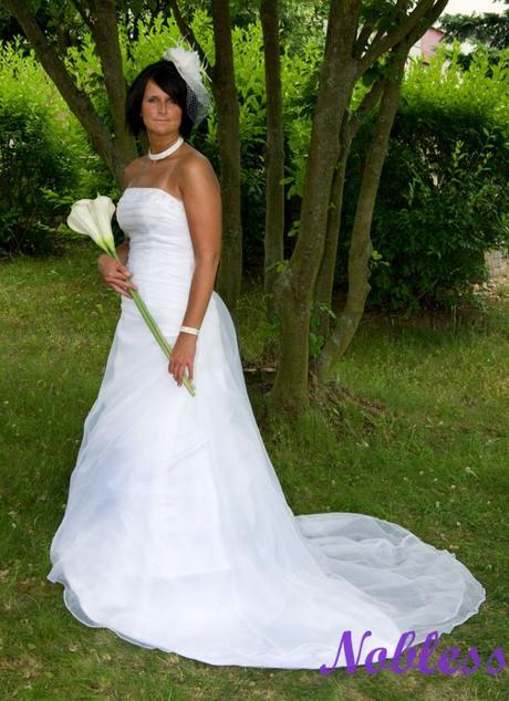 Svatební šaty Cascade č. 136 - výprodej, 38