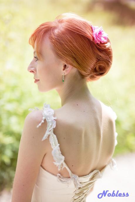 Svatební šaty Glassiera - smetanové - vel. 34-38, 38