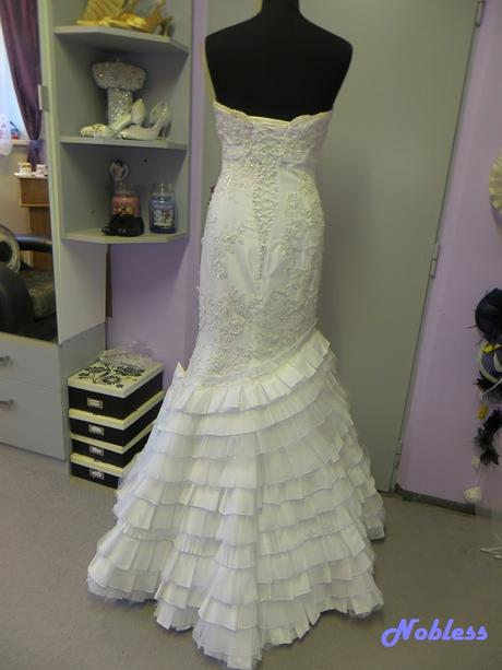 Svatební šaty Loryn č. 194 - vel. 36-40, 40