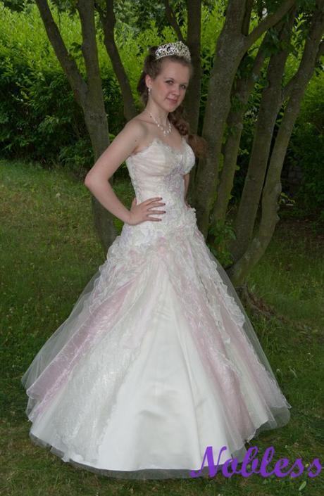 Svatební šaty Monarch č. 29 - výprodej - vel.36-40, 40