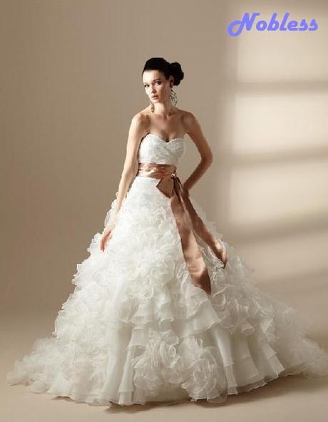 Svatební šaty Roseta č. 190 - výprodej - vel.34-40, 40