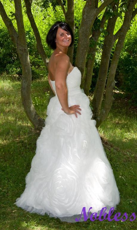 Svatební šaty Růže č. 137 - výprodej - vel. 38-40, 38