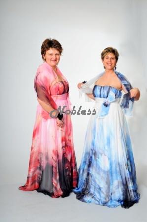 Tónované společenské šaty 40/42 a 42/44, 42