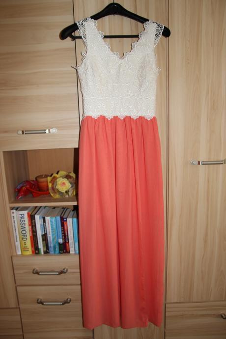 Dlhé lososové čipkované šaty, 34