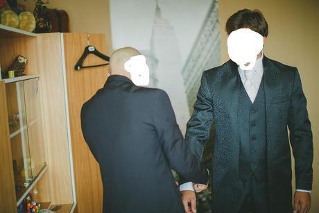 Predlžený vzorovaný oblek, 50