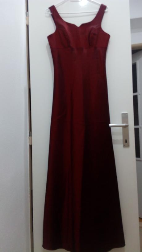 Dlhé šaty, 38