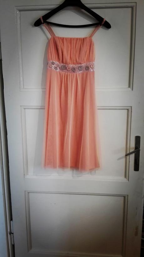družičkovské šaty, 158