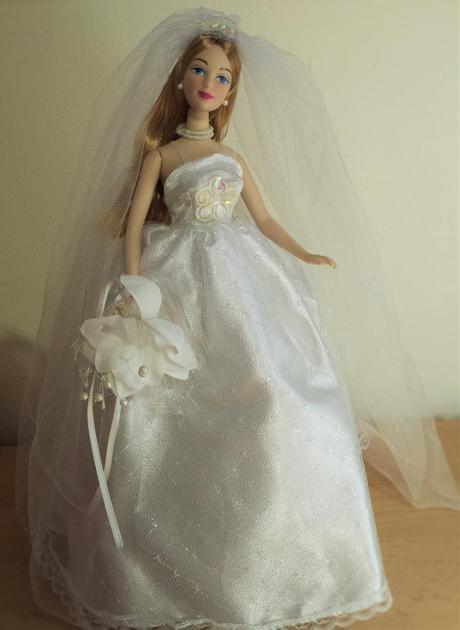 Svatební panenka - nevěsta,
