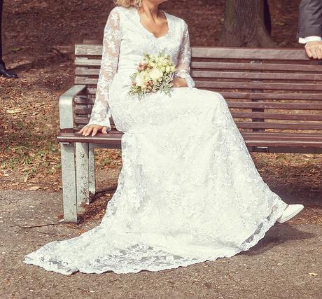 Romantické čipkové svadobné šaty 38-40 , 40