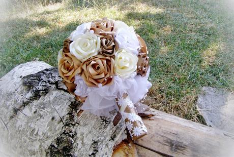 Ručne šitá luxusná elegantná kytica ,