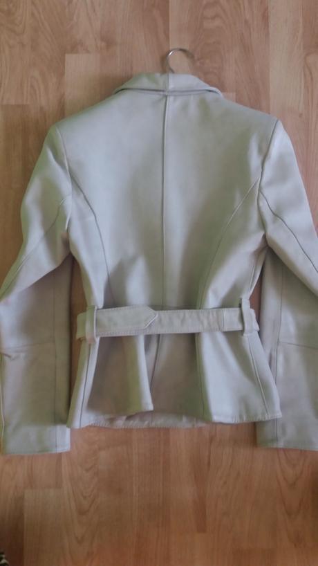 kožený kabát, 38