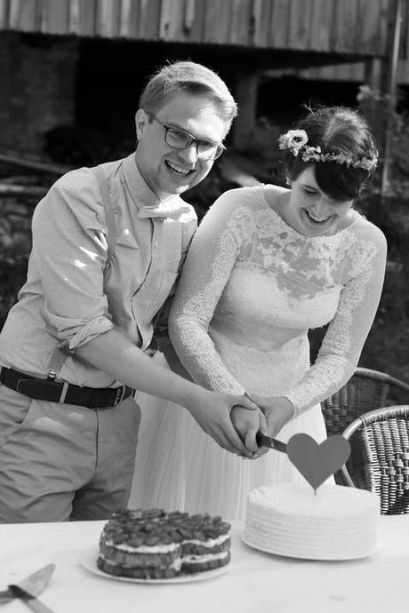 Svatební šaty s puntíčky San Patrick, 38