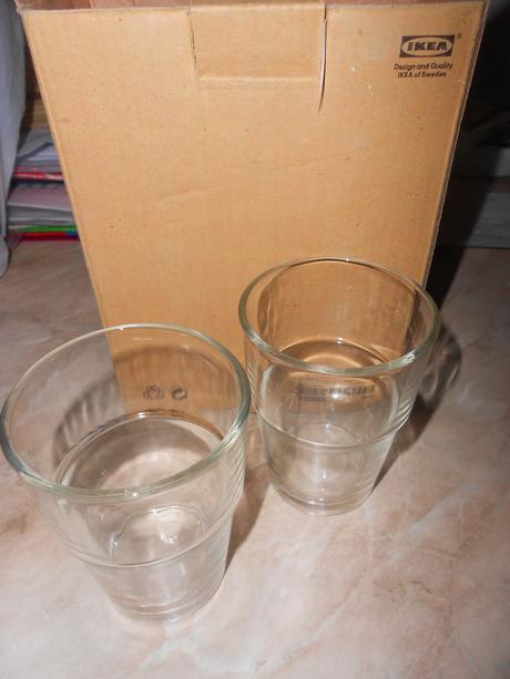 6  sklenených pohárov nepoužívané,