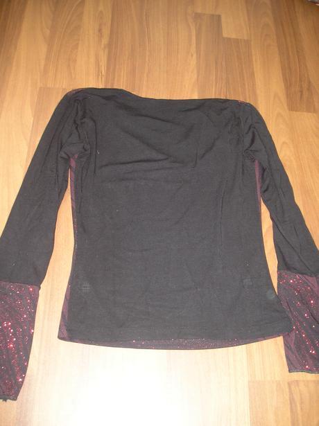 Čierno-červené tričko do spoločnosti , M