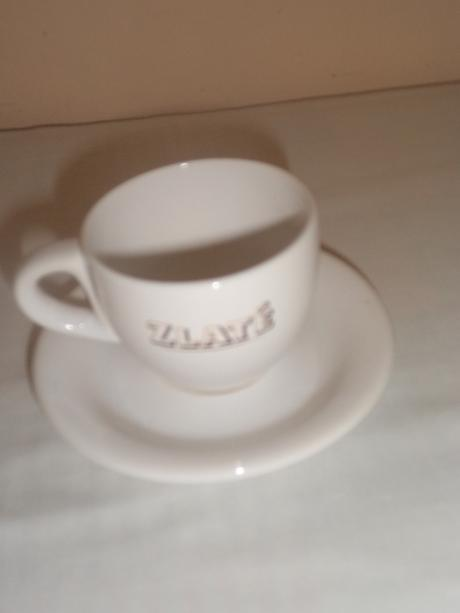 Hnedá keramika + šálka,