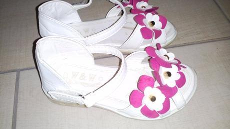 Sandálky biele, 26