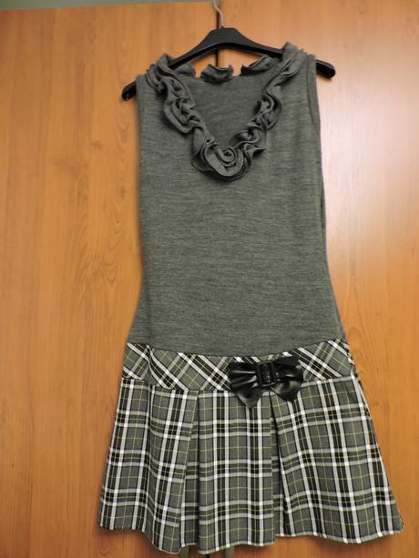 Šaty s poštovným, M