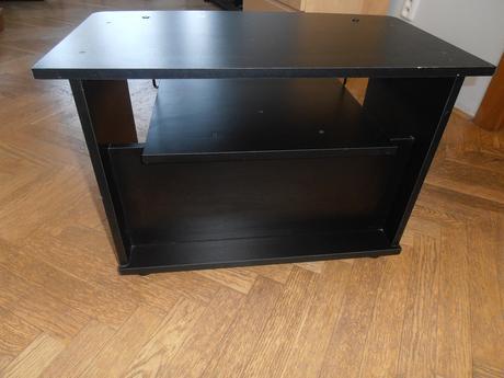 TV stolík,