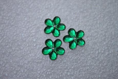 Kytičky štras zelené 155 ks,