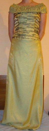 Zelené šaty , 38