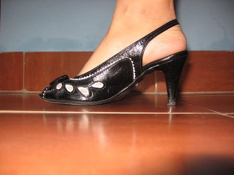 cierno-biele sandalky, 36
