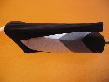 sedo-cierne pasikave elasticke satky, M
