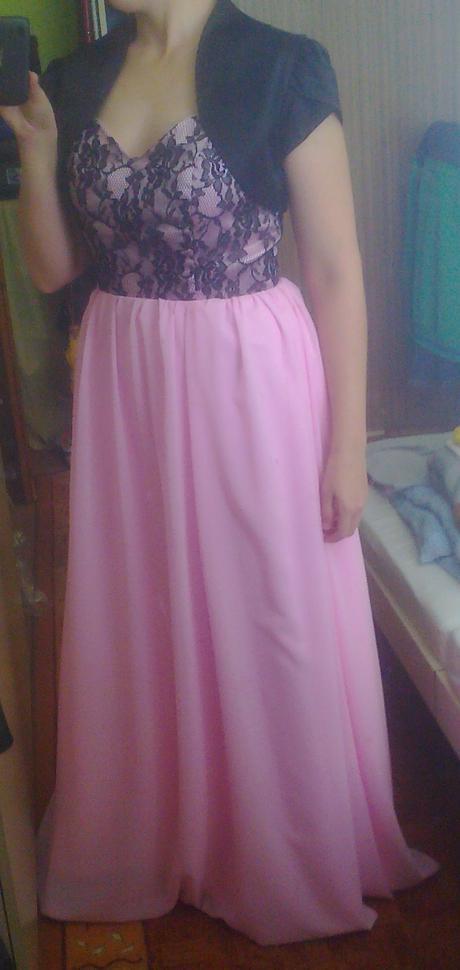 Dlhé spoločenské šaty so šnurovačkou, 38