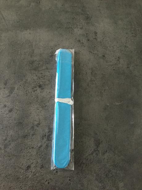 Nepoužité pompoms modré 10 ks,