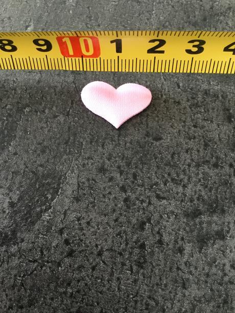 Srdíčka látková růžová nepoužitá,