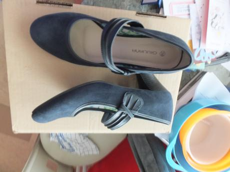 tmave modre boty na podpatku, 39