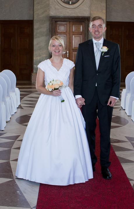 Saténové svatební šaty , 36