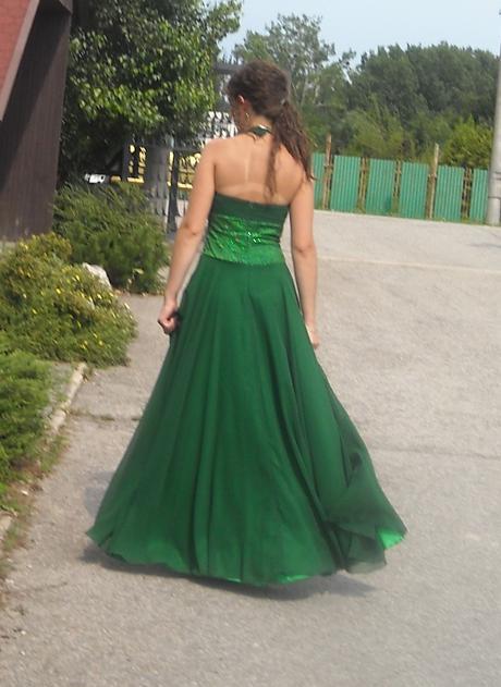 Zelene dlhé šaty, 38