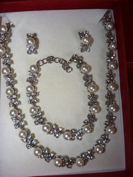 Dárková svatební sada s perličkami, nepoužitá,