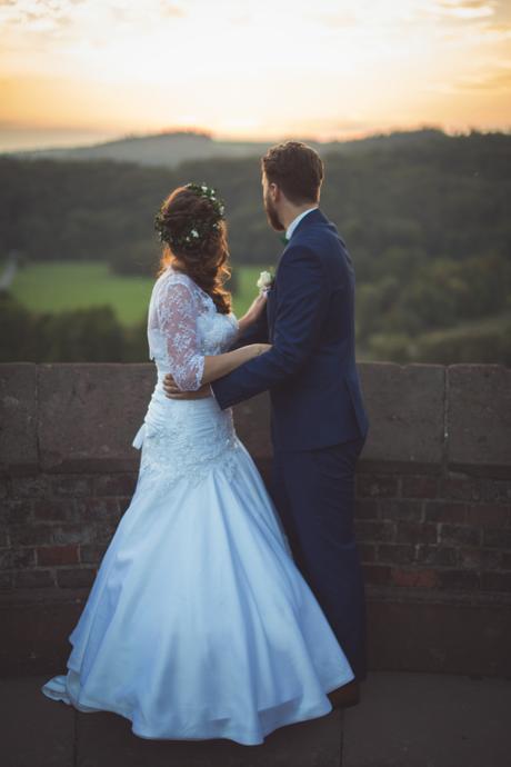Svatební šaty ve střihu mořské panny , 38